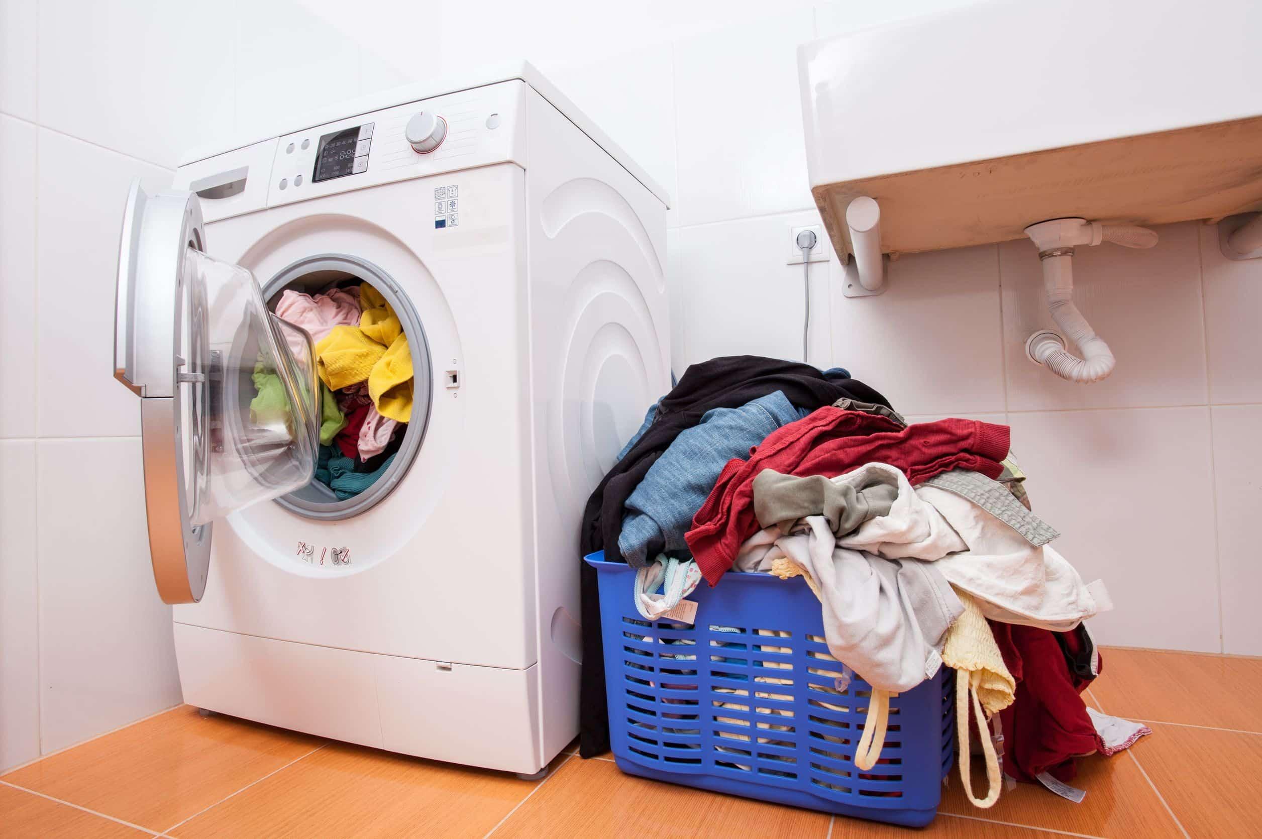 pralka i pranie