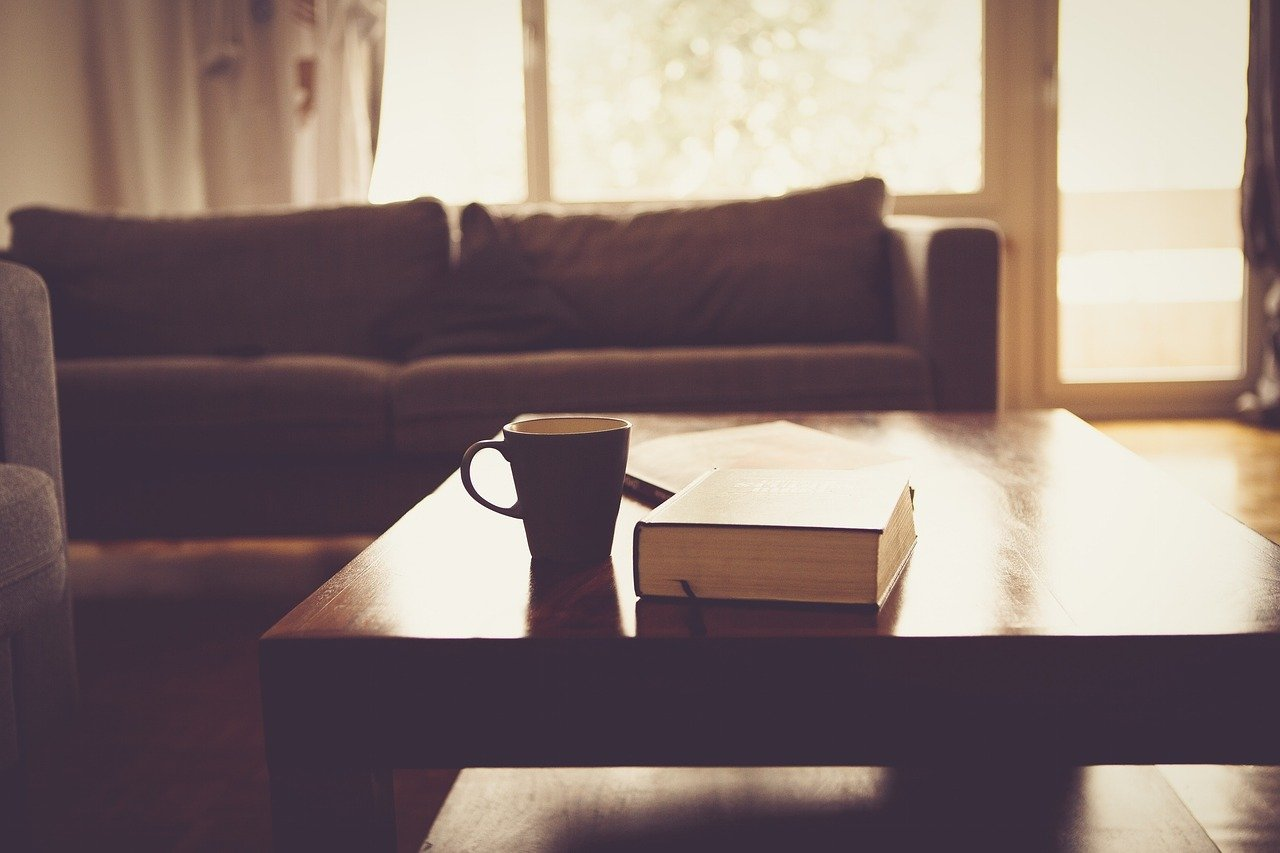 Sofy, kanapy i komplety wypoczynkowe, czyli wypoczynek w salonie 1
