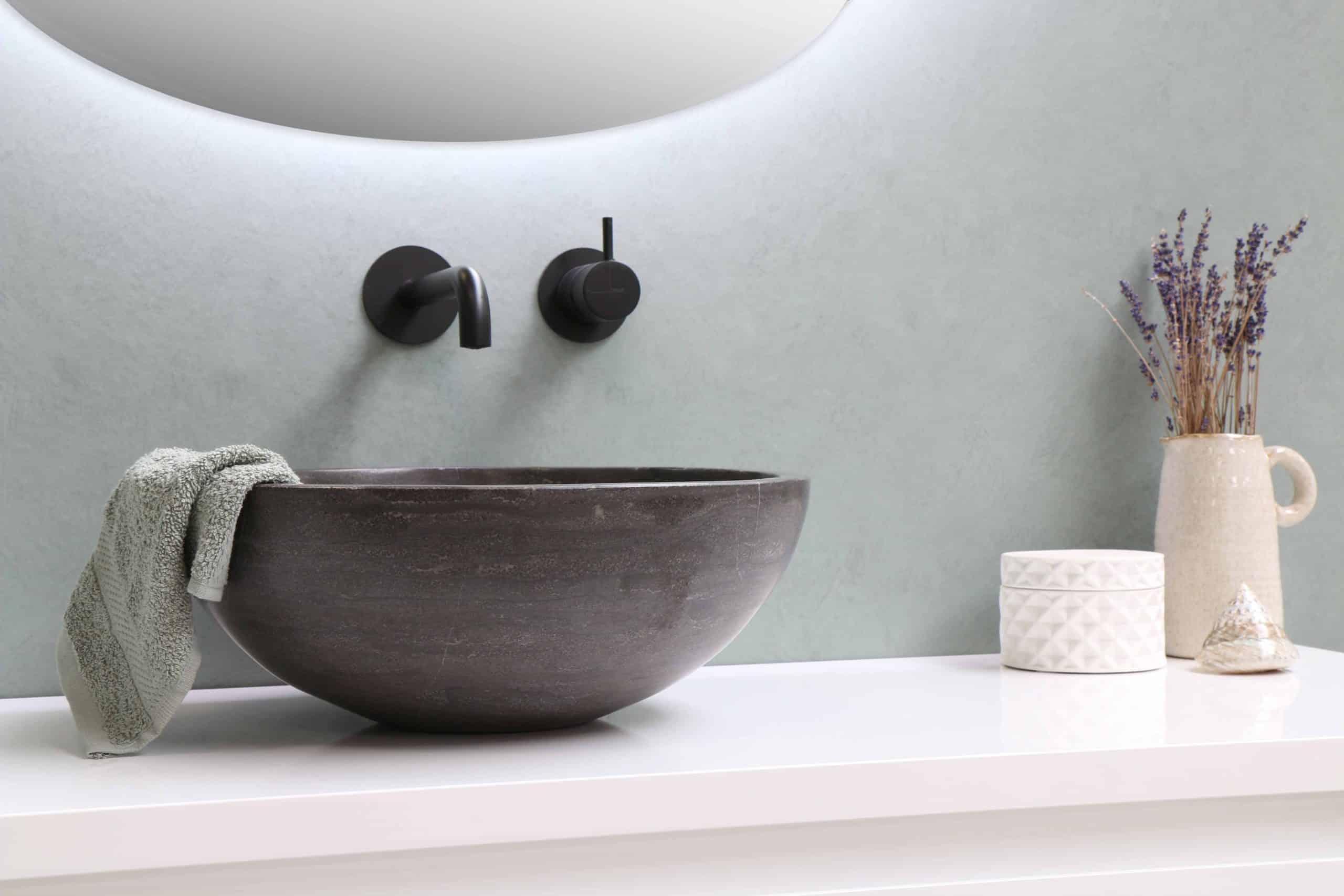 Na co zwrócić uwagę wybierając umywalkę nablatową? 1