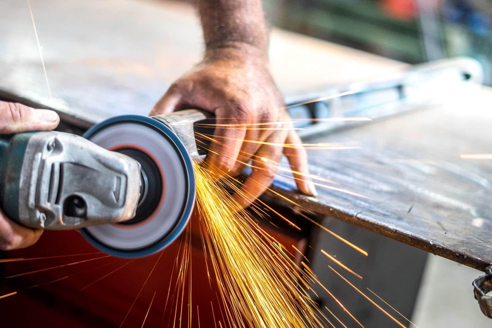 Mocne i niezawodne elektronarzędzia – poradnik kupującego 1